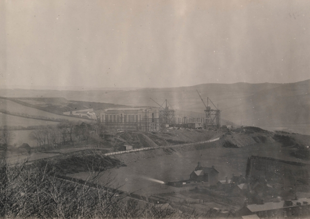 A view from distance of construction work, 1911-1916 npc