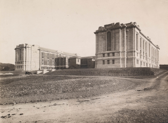 The first part of the building near completion, 1911-1916 npc